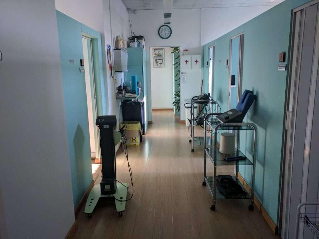 Fisiomed fisioterapia corridoio principale